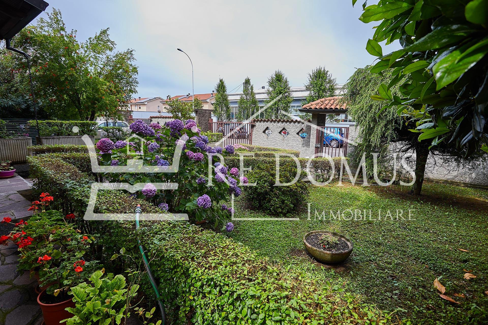 Villa di Testa con 400 mq di Giardino